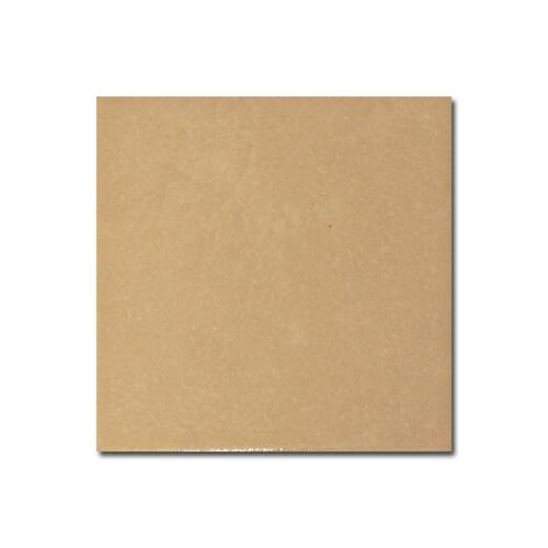 10 x 10 cm-es matt világos ekrü kerámia lap szublimáláshoz, préseléshez